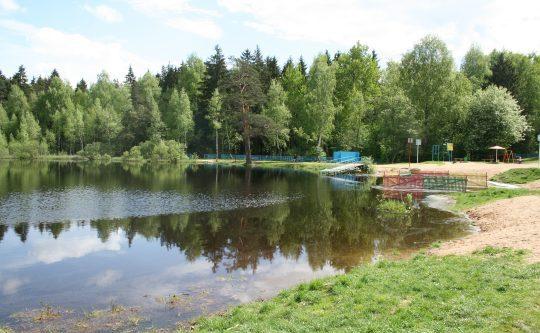 Пляж Чёрное озеро (Зеленоград)
