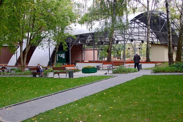 Зеленый театр в Бабушкинском парке