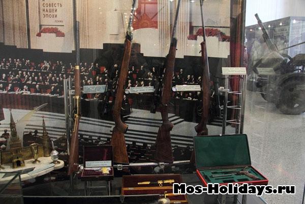 Снайперские винтовки. Центральный музей вооружённых сил.