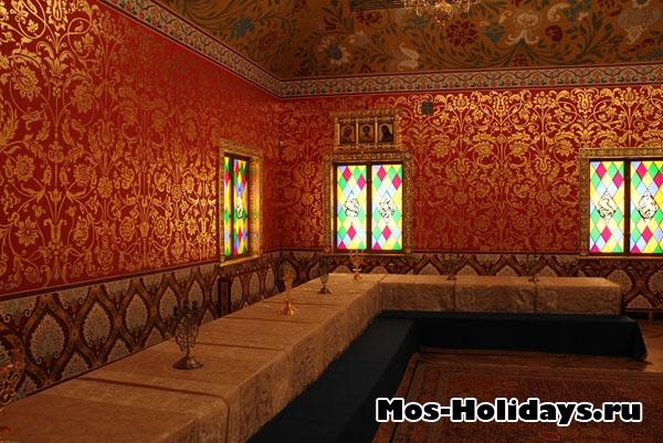 Столовая палата во дворце Алексея Михайловича в Коломенском