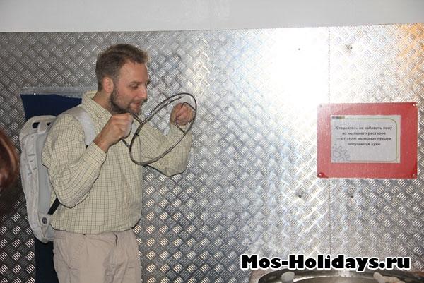Мыльные пузыри в Экспериментаниуме