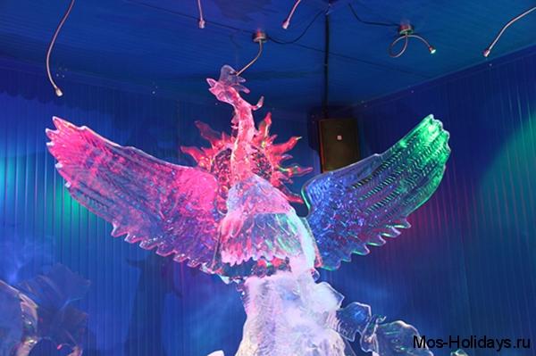 Ледяная фигру Жар-птицы