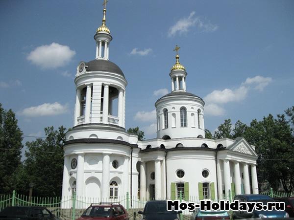 Церковь Влахернской иконы Божьей матери в усадьбе Кузьминки