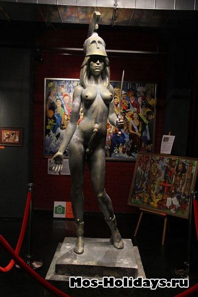 Скульптура в музее эротического искусства