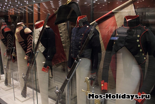 Солдатские мундиры времен Отечественной войны 1812 года