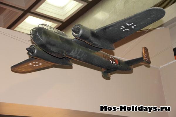 Немецкий самолет времен ВОВ