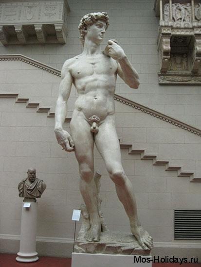 Статуя Давида в музее изобразительных искусств имени Пушкина