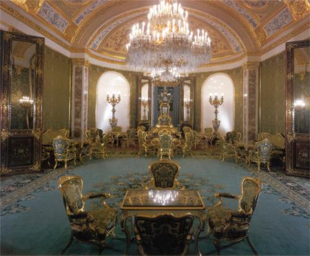 Залы Большого кремлевского дворца
