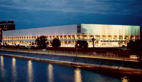 Фасад здания Центрального дома художника