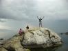 Большой валун на мысе Бурхан острова Ольхон озера Байкал