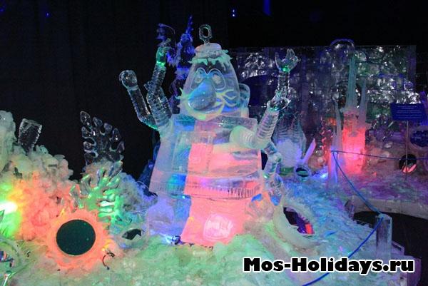 Статуя Громозеки в музее льда в Сокольниках