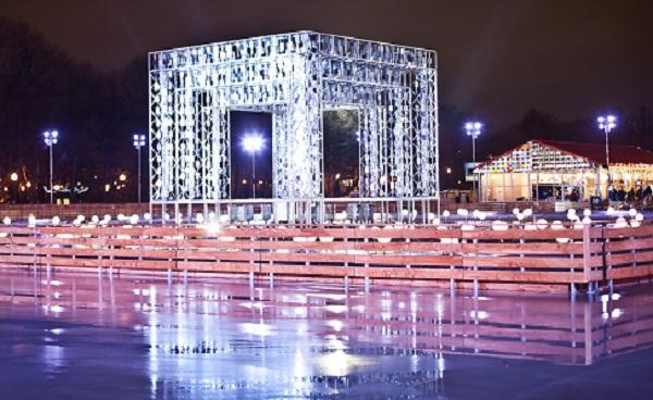 Ледовый каток в Парке Горького