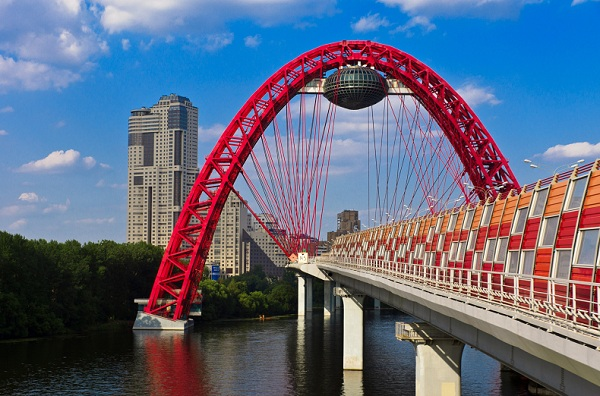 Адрес живописный мост пр маршала