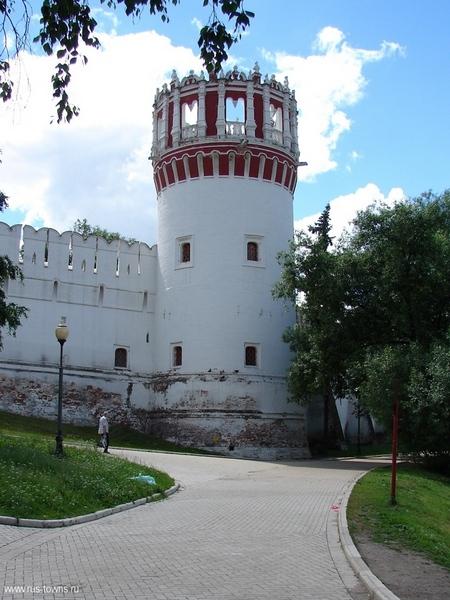 Напрудная башня Новодевичьего монастыря