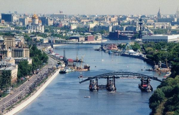 Андреевский (Пушкинский) пешеходный мост