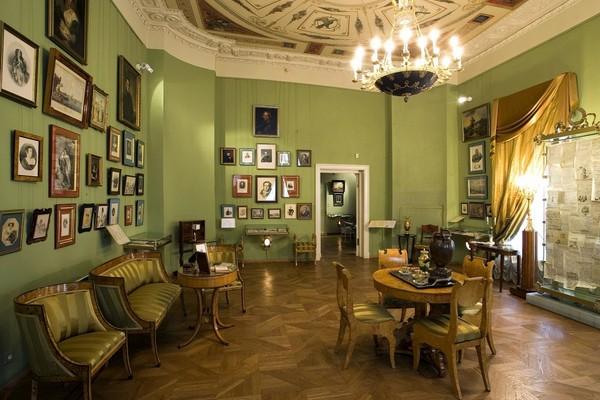 Постоянная экспозиция «Пушкин и его эпоха»