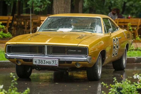V Фестиваль старинных автомобилей и антиквариата «Ретро-Фест – 2016» в парке «Сокольники»