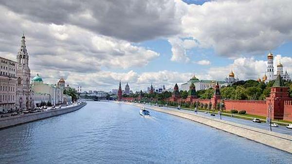 Прогулки на теплоходе по Москве-реке от туристической компании Delta
