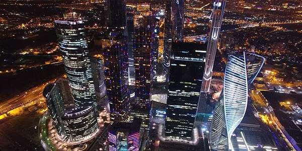 Экскурсия для одного, двоих или четверых с подъемом на смотровую площадку на 55 этаже башни «Федерация» в ММДЦ «Москва-Сити»