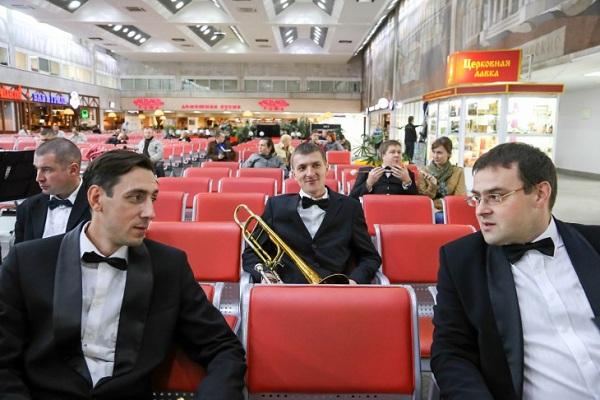 Концерты духовых оркестров на железнодорожных вокзалах Москвы