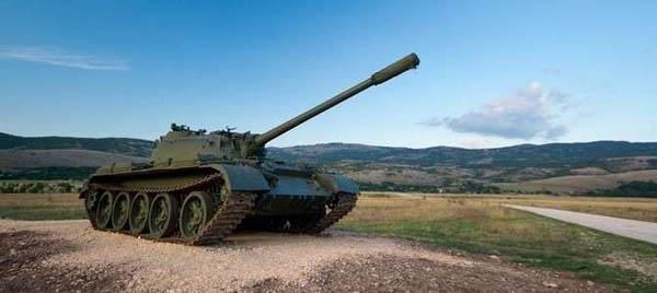 """Поездка на боевом БМП-1 или настоящем боевом танке Т-55 с посещением музея бронетехники от компании """"Воентур-М"""""""