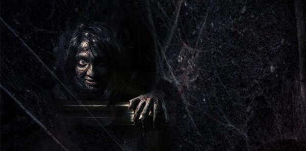 Участие в хоррор-квесте с актерами «Хижина в лесу» для команды до 4 человек от компании «Фактор страха»