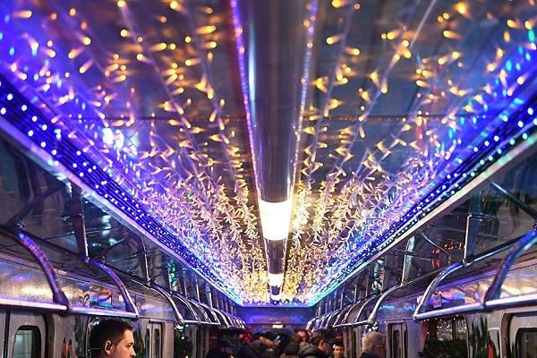 Tàu điện ngầm (Metro) Moscow dịp năm mới và Giáng sinh sẽ làm việc 24h