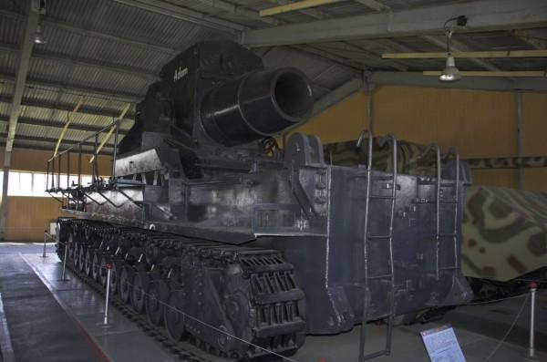 tankovyi_muzei_v_kubinke2
