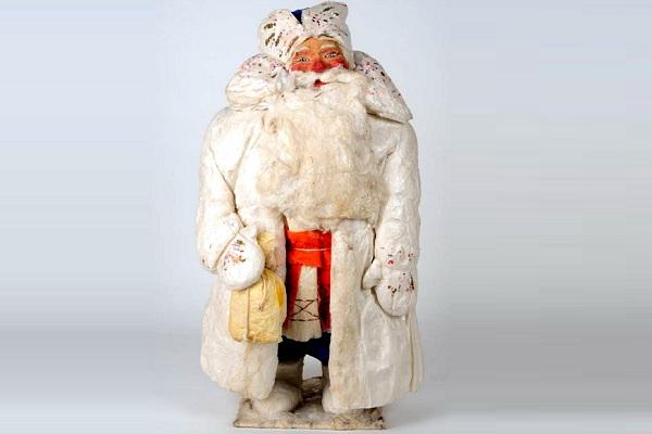 Выставка «Дед Мороз, его компания и …»
