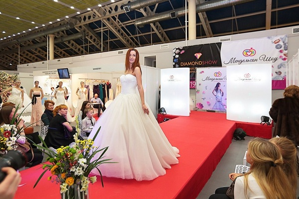 Выставка свадебные платья москва