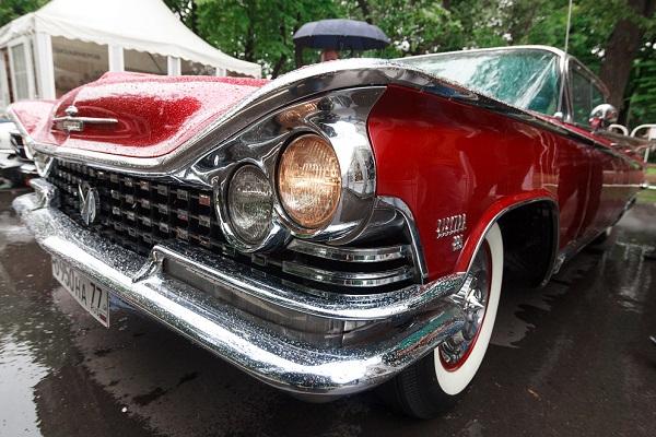 6-й Фестиваль старинных автомобилей и антиквариата «РетроФест»