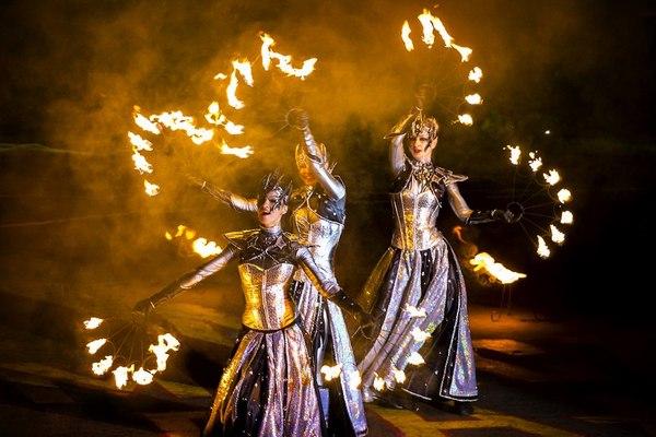 Московский Международный фестиваль уличных театров «Вселенский карнавал огня 2017»