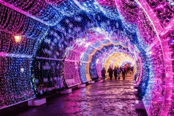 Общегородской новогодний фестиваль «Путешествие в Рождество 2017/2018»