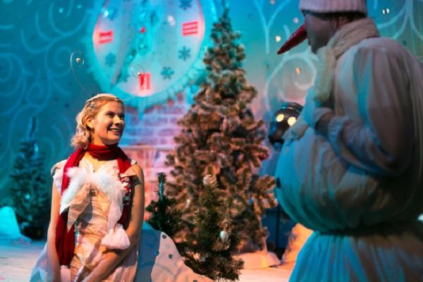 Новогодний спектакль «Космические приключения Белки и Стрелки»