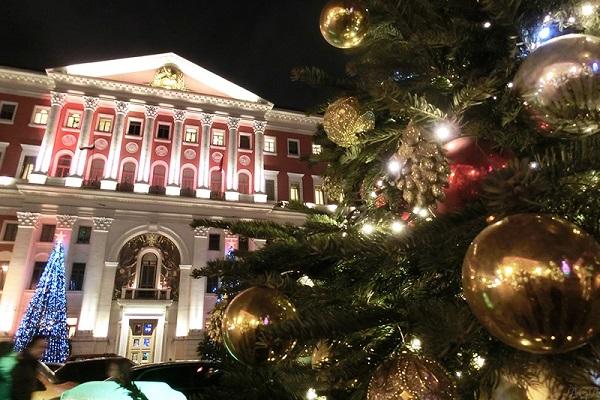 Театральный карнавал на Тверской