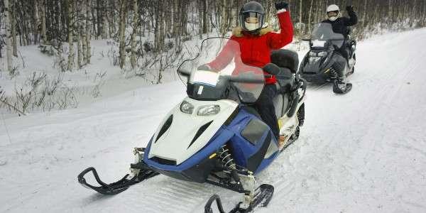 До 3 часов катания на спортивных снегоходах Yamaha от компании Kvadrmoto: инструктаж и обучение, живописные маршруты, надежная техника