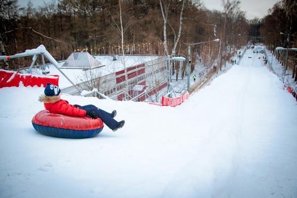 Тюбинговая горка в парке «Красная Пресня»