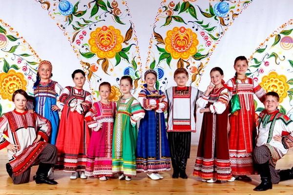 Музыкальный театр фольклора «Русская песня»
