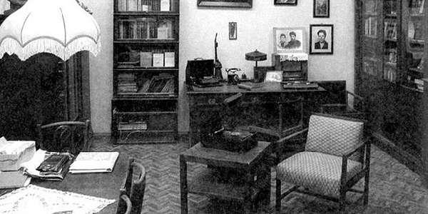 Улыбка Сталина. Тайны дома на Набережной (с посещением музея-квартиры, пешеходная) от туроператора Delta