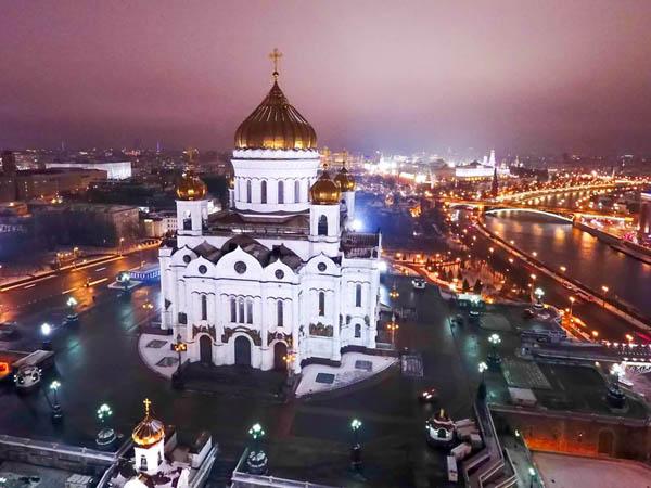 Храм Христа Спасителя и панорамы Москвы. Познакомиться с историей главного храма столицы и увидеть всю Москву с его смотровых площадок