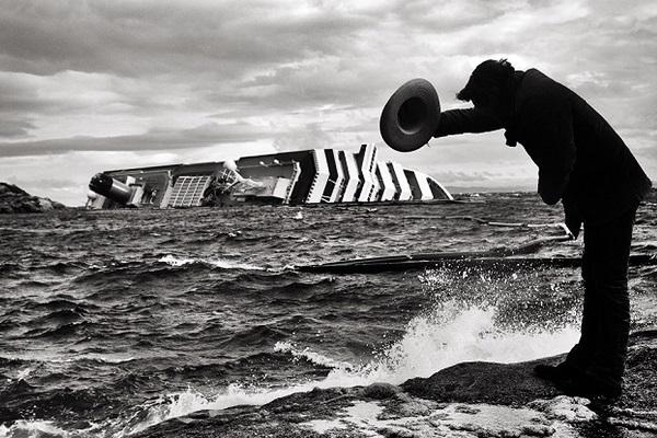 Фотовыставка «Фотография как перформанс»