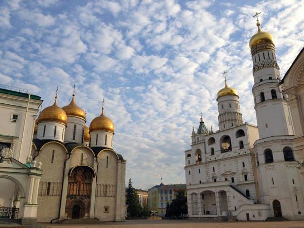 Экскурсия по территории Кремля и временным выставкам
