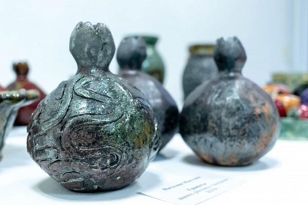 Выставка керамики «Диалог с глиной»