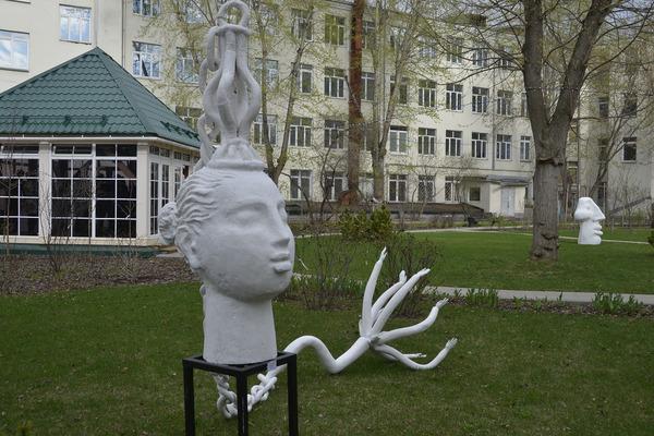 Выставка «Театр скульптур Александра Бурганова»