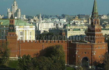 Боровицкие ворота Кремля