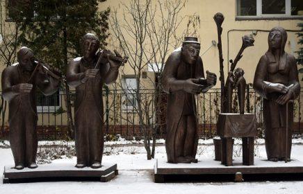 Выставка «Скульптура в ЦДА» во внутреннем дворике Центрального Дома Архитектора