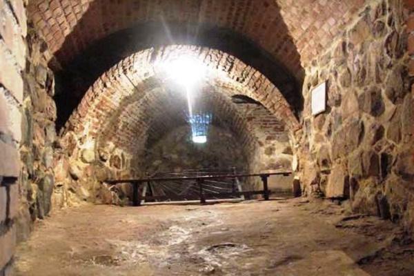 Место где содержались узники в Крепости музее Корела