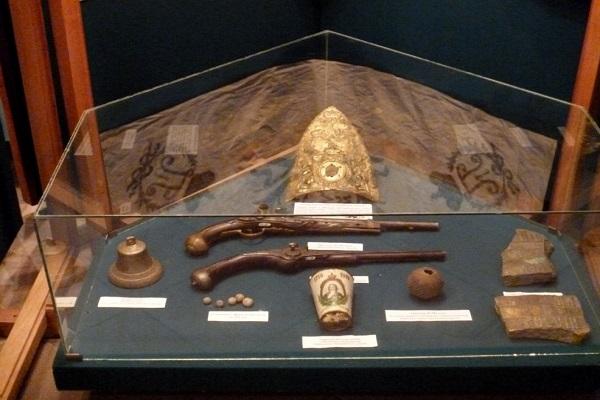 Экспонаты в крепости музее Корела