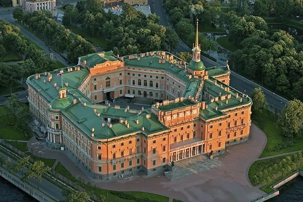 Работы стоимость билетов дворец часы михайловский их рубине стоимость часы в и