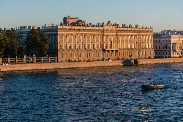 Мраморный дворец в С.-Петербурге